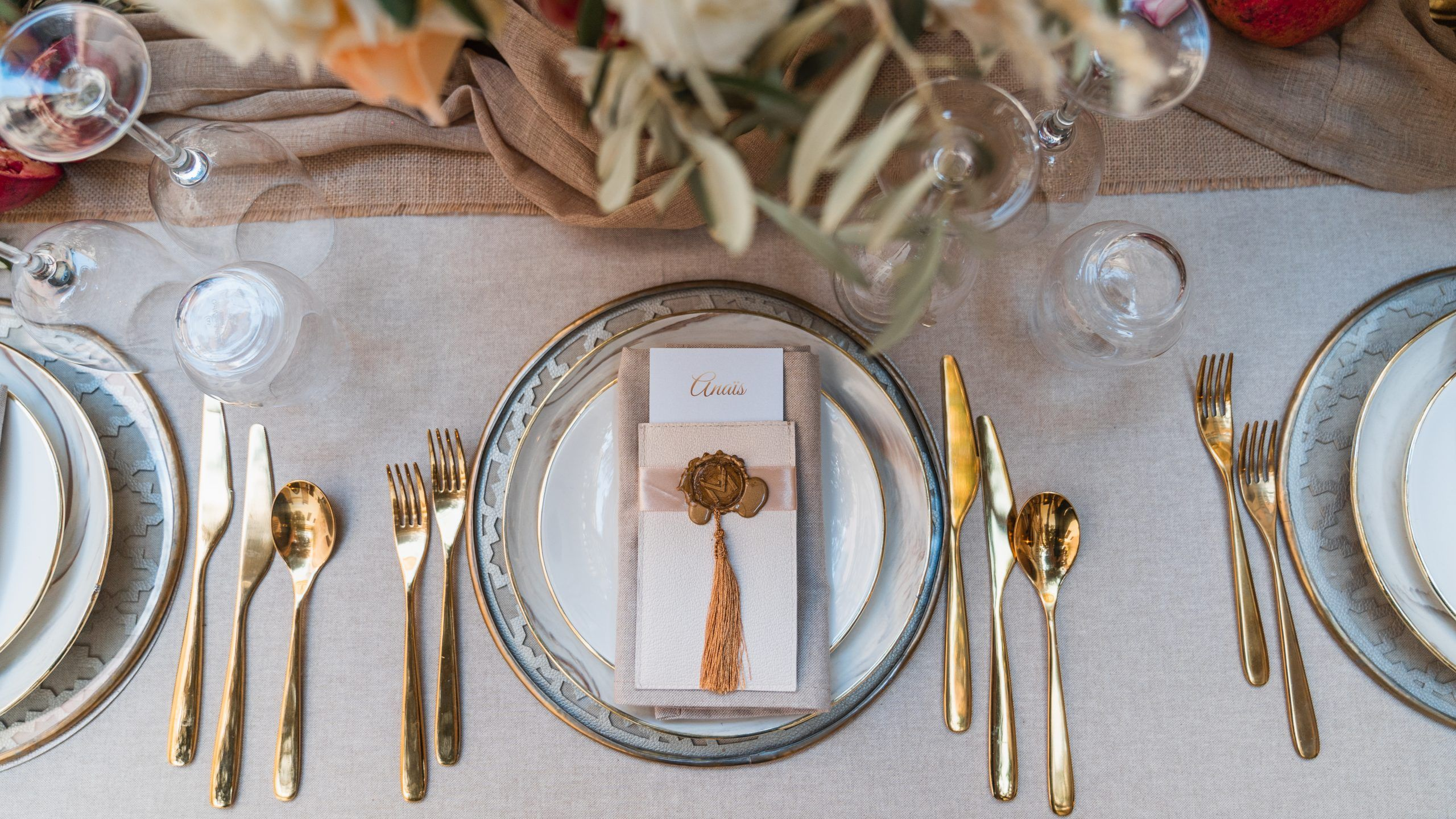 Table of Honour Decor and Dishes for a Simple Chic Wedding in the Medina of Marrakesh